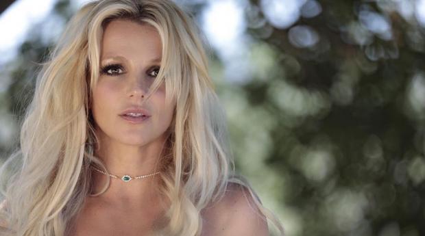 Бритни Спирс отменила концерты из-за болезни отца