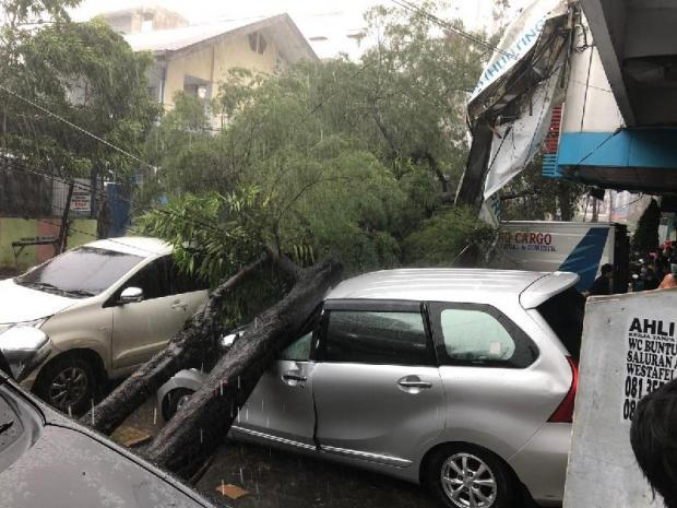 наводнение в индонезии