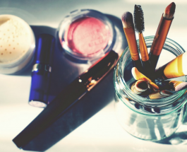 Макияж для женщин после 40: каких правил в нанесении косметики следует придерживаться