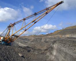 Авария на шахте в России: вахтовый автобус с горняками упал с обрыва – есть жертвы