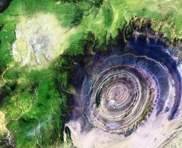 """Ришат или """"Око Сахары"""": топ-10 снимков таинственного природного явления в пустыне"""