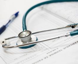 Симптомы болезни щитовидной железы: первые признаки сигнализирующие о появлении проблем
