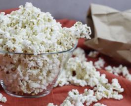 Чем опасен попкорн и какие полезные снеки могут заменить любимое лакомство киноманов