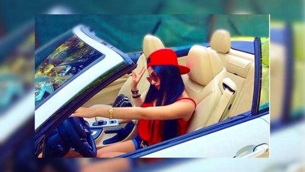 """Как живет """"золотая молодежь"""" Турции: золотые автомобили и тигры вместо домашних животных"""