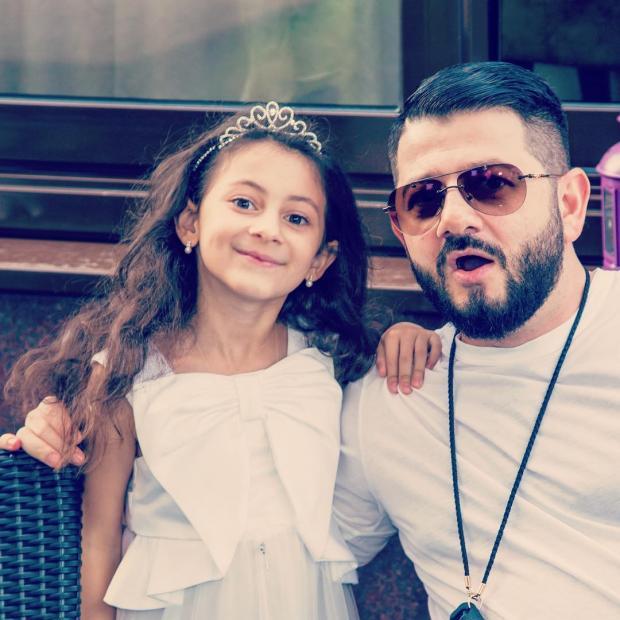 Галустян с дочкой