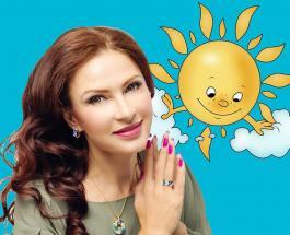 """Звезды шоу-биза поддержали флешмоб """"Мы все разные"""": знаменитости в разных носках"""