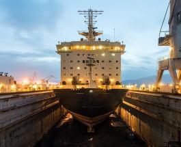 Китай работает над созданием атомного ледокола весом в 33000 тонн