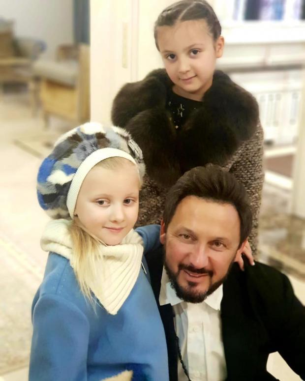 стас михайлов с дочками