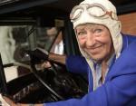 Умерла самая пожилая участница ралли совершившая кругосветное путешествие на раритетном авто