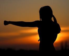 Психологический тест: способ сжатия кулака раскрывает личность человека