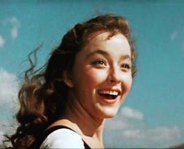 Самые красивые женщины советского кино: топ-10 актрис полюбившихся зрителю
