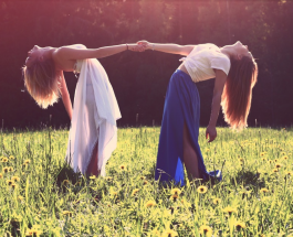 Женская дружба - не миф: признаки преданной подруги