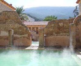 Самая знаменитая баня в мире принимающая гостей более 2000 лет