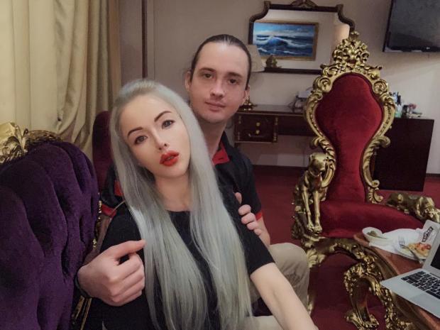 валерия лукьянова с братом