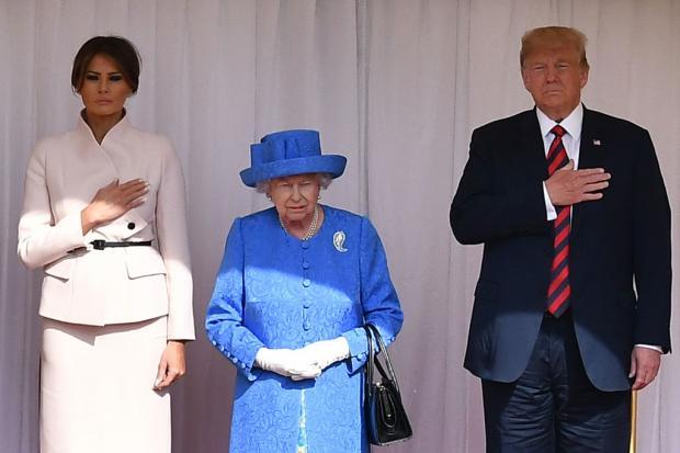 мелания и дональд трамп, королева елизавета