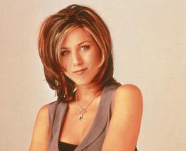 Стиль Дженнифер Энистон в 90-х: лучшие образы и тренды сегодняшнего дня