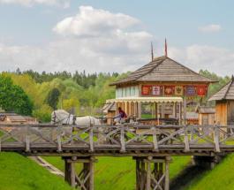 Под Киевом проведут турнир конных лучников и выберут Маленькую Княжну