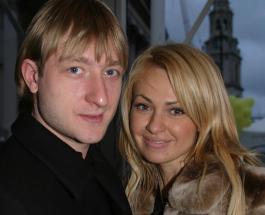 Игрушки Гном Гномыча: Яна Рудковская доказала что ее сын растет обычным ребенком