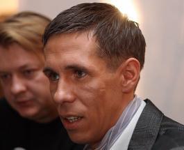 Алексей Панин курил в самолете: актера оштрафовали на внушительную сумму