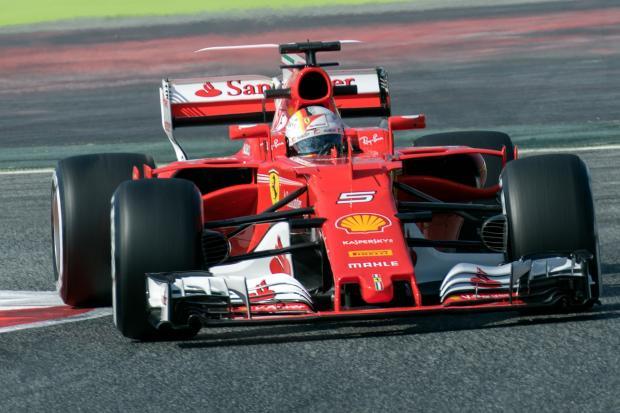 Себастьян Феттель в сезоне Формулы-1 2017 года команды Scuderia Ferrari
