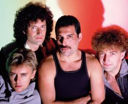 Фредди Меркьюри на видео 1982 года: группа Queen поделилась архивным роликом