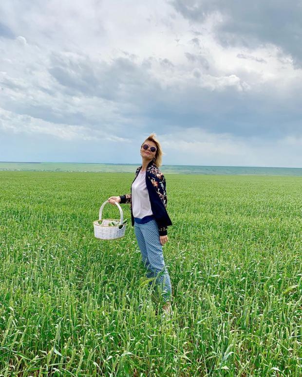 Юлия Меньшова после стрижки превратилась в молодую Веру Алентову