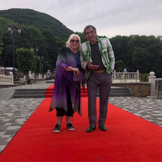 алибасов с женой