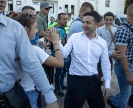 Владимир Зеленский устал: странное поведение президента Украины прокомментировал врач