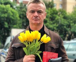 """Псих из """"Физрука"""" показал архивное фото: как раньше выглядел актер Владимир Сычев"""