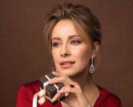 Елена Кравец в Одессе похвасталась новым платьем с оригинальным дизайнерским решением