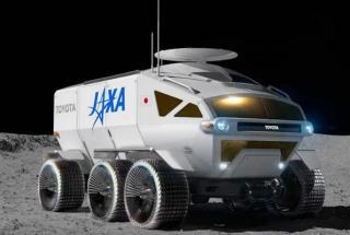 Toyota на Луне: на поверхность спутника отправят гибрид автомобиля и лунохода