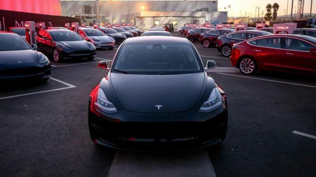 Tesla установила новый рекорд поставок авто клиентам