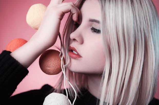 Как осветлить волосы без химии
