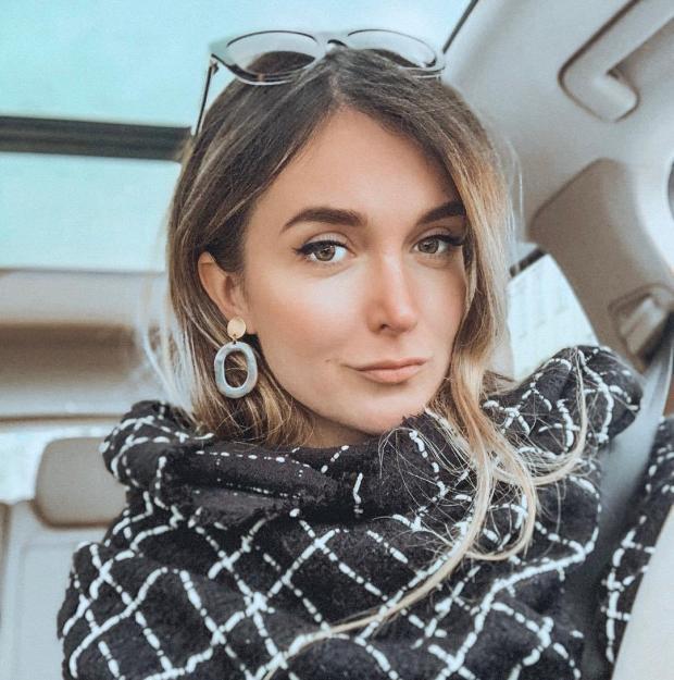 Беременная сестра Влада Топалова выходит замуж заэстонского бизнесмена