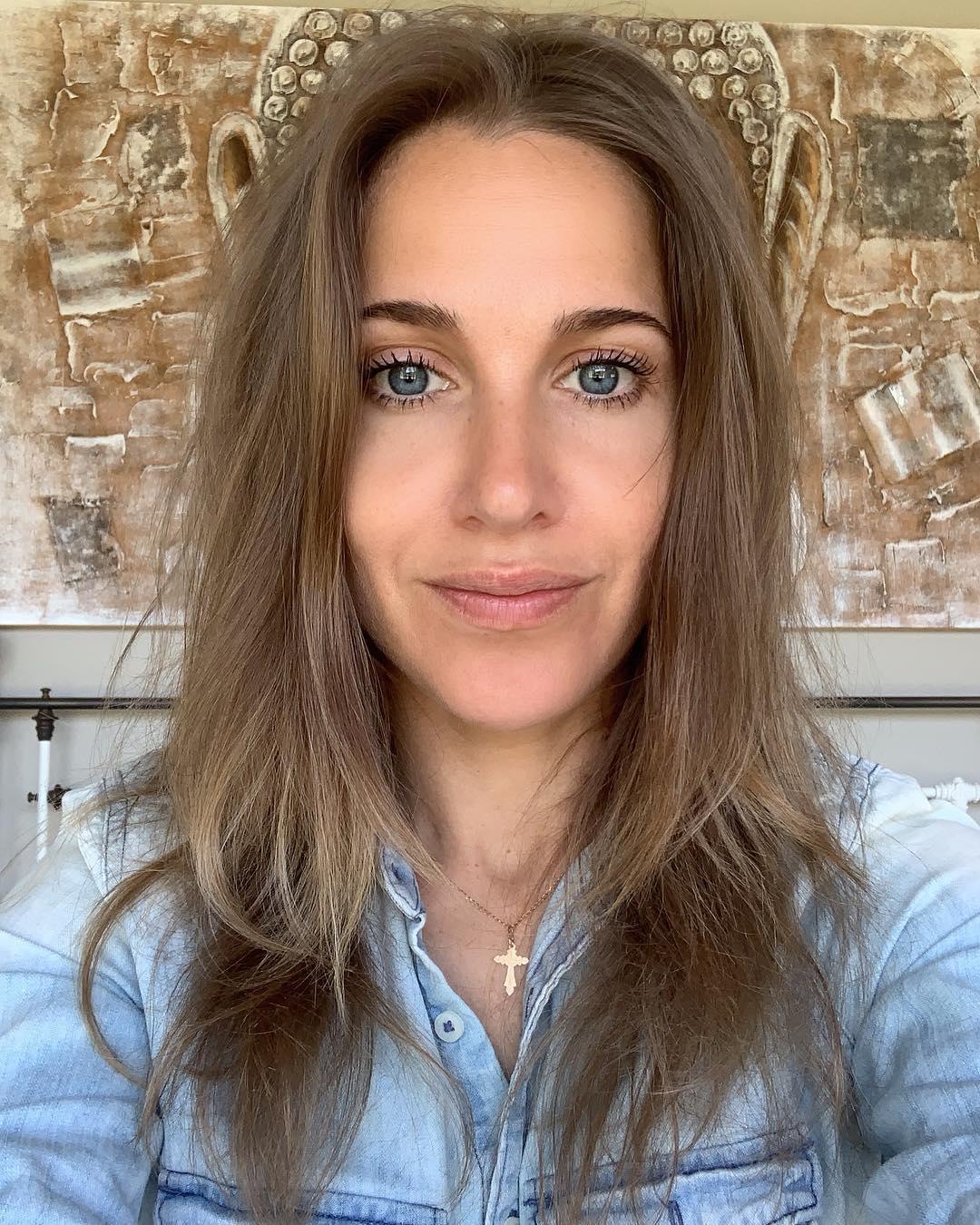 Фото: Юлия Ковальчук без макияжа: естественная внешность