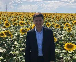 Президент Украины Владимир Зеленский показал с чего начинается его утро