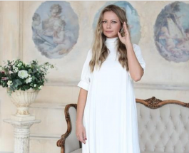 Мария Миронова беременна: актриса показала округлившийся живот во время отдыха