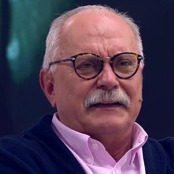 Михалков отложил съемки фильма «Шоколадный револьвер» из-за операции