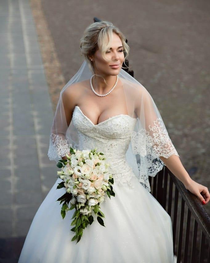 именно александр шпак свадьба фото написать про