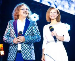 Игорь Николаев и Юлия Проскурякова отмечают фаянсовую свадьбу