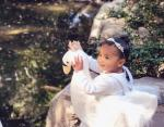 Дочь Хлои Кардашьн - лебедь