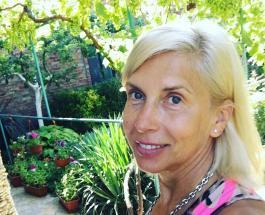 Алена Свиридова вышла в свет с младшим сыном: 15-летний Гриша вырос обаятельным парнем