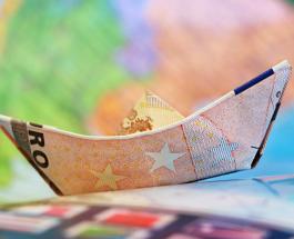 Полимерные банкноты появятся в Великобритании: купюру запустят в обиход в необычный день