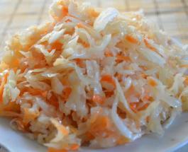 Вкусные блюда из квашеной капусты: 3 простых рецепта для начинающих и опытных хозяек