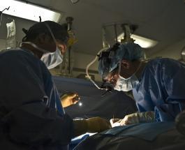 25-летний бразилец перенес 10 пластических операций и стал похожим на корейца