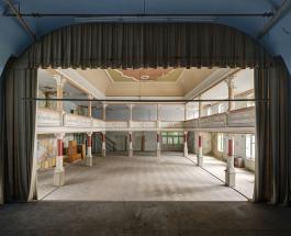 Заброшенные бальные залы в Германии: красивые снимки немецкого фотографа