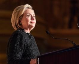 26 октября в истории: немецкий изобретатель представил телефон и родилась Хиллари Клинтон