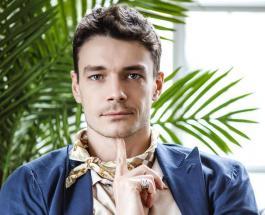 Максим Матвеев показал маму в молодости: фанаты обсуждают сходство актера с родительницей
