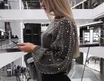 Фото № 7: свитер с жемчугом на рукавах
