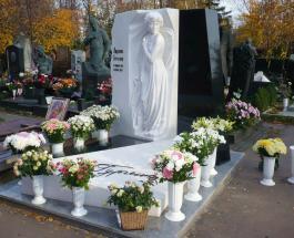 Филипп Киркоров посетил могилу Людмилы Гурченко в день рождения великой актрисы